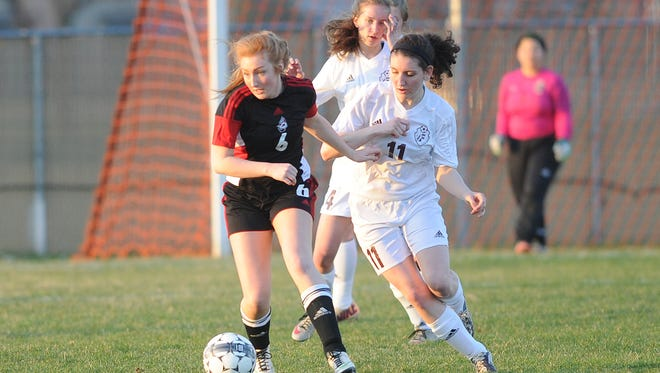 Concussions are a threat which is very real to soccer players, especially female ones.