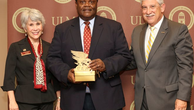The University of Louisiana Monroe Foundation recognized five community leaders with the presentation of the 'Warhawk Ambassador Award' during an evening of honor last night on ULM's campus.