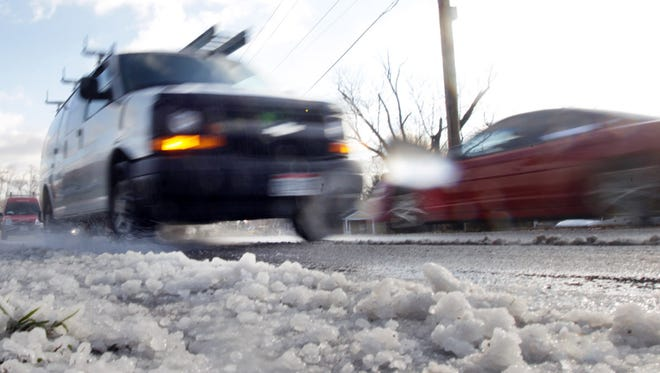 The National Weather Service predicts that Cincinnati will receive between 3 and 5 inches after 10 a.m. Monday.