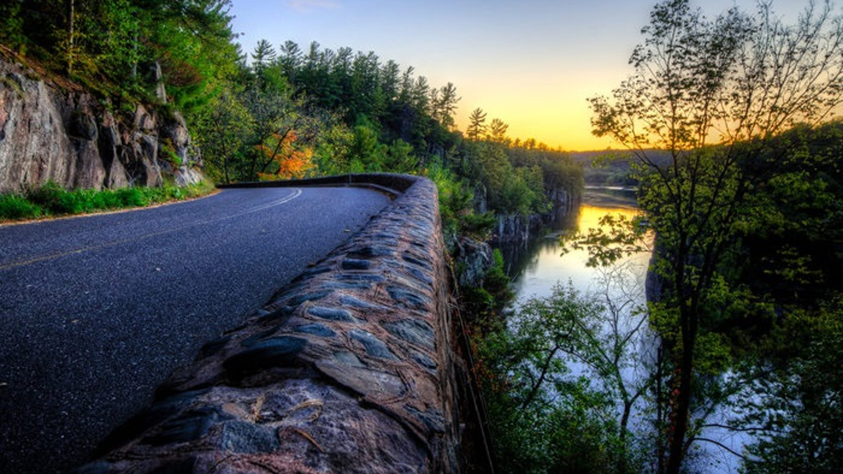 Column Eight Amazing Scenic Drives In Wisconsin