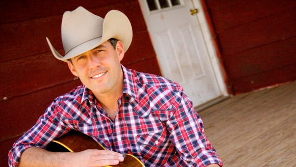 "Country singer Aaron Watson, whose album ""The Underdog"""