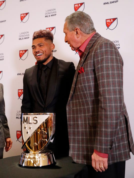 atlanta s martinez wins mvp award in major league soccer