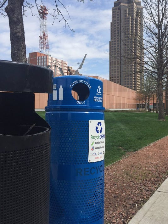 New recycling bins in downtown Des Moines