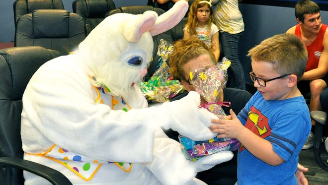 Hundreds of children are expected to turn out Saturday as members of a law enforcement-based charitable organization pass out Easter baskets in preparation for the upcoming holiday