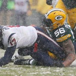 Texans slip in snow to Packers, lose grip on AFC South