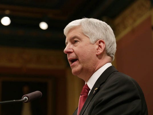 635888356843747319-snyder-state-of-state-27.jpg