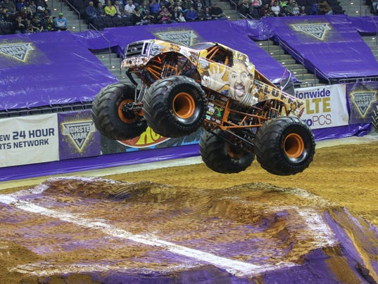 635927824512142014-sm2016-03-monsterjam-baycenter-0001.jpg