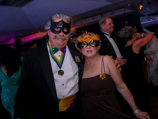 636515275862594988-sm2018-0113-mardigras-krewe-of-seville-masquerade-ball-41.jpg