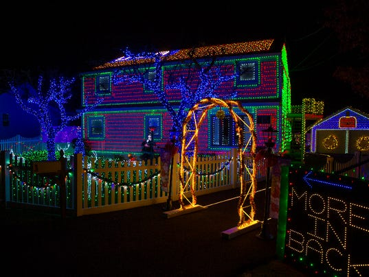 the great christmas light fight - Local Christmas Lights Displays
