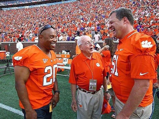 Former Clemson great Donnell Woolford (20) will receive