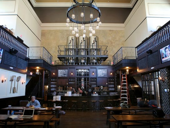 Attention to detail at taft 39 s ale house - Interior car detailing cincinnati ...