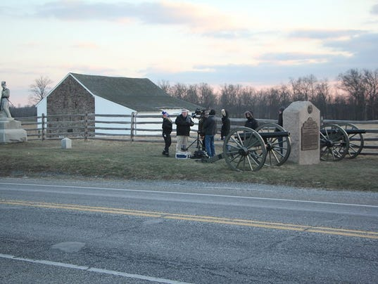 HES-submitted-012216-Gettysburg-film-crew-1.jpg