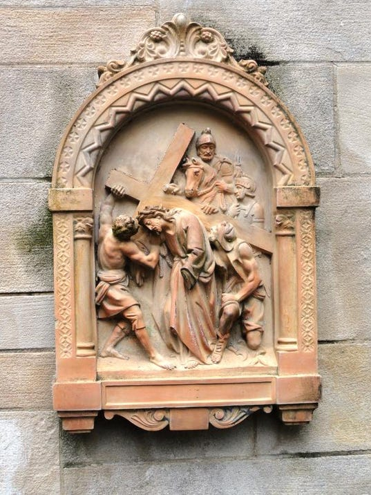 s-Stations of the Cross 2.jpg