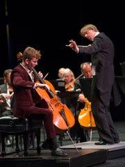 Cincinnati Chamber Orchestra music director Eckart