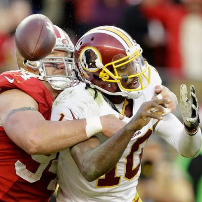 SANTA CLARA, CA - NOVEMBER 23: Justin Smith #94 of