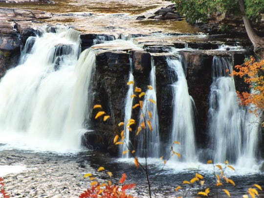 North Country Trail/Porcupine Mountains waterfall hike,