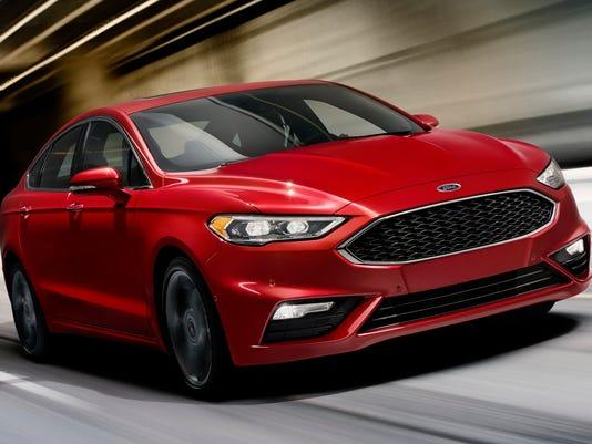 636242319936164307-2017-Ford-Fusion-sedan.jpg