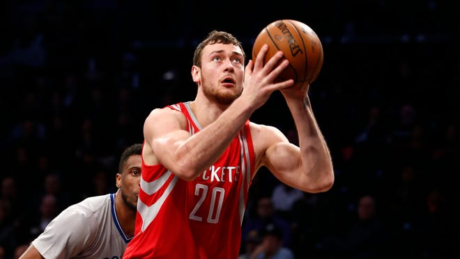 Houston Rockets forward Donatas Motiejunas prepares to shoot Dec. 8, 2015, in New York.
