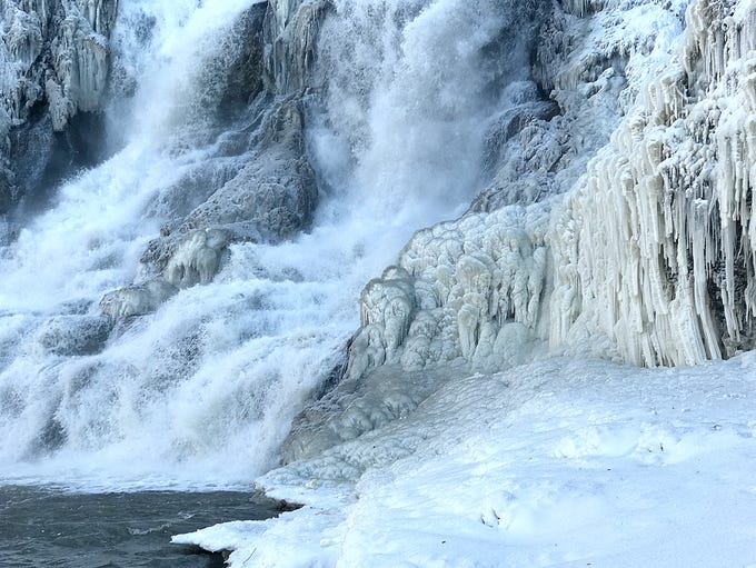 Powerful, half-frozen waterfalls and unique ice formations