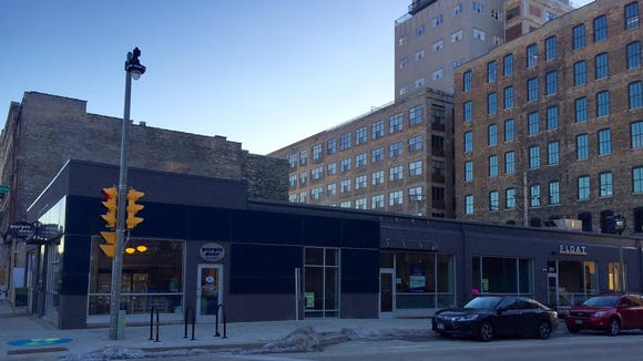 Bowls, a counter-service restaurant selling quick, healthy meals in bowls, is to open in spring at 207 W. Freshwater Way.