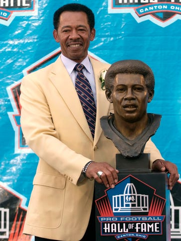 Charlie Sanders spent 43 years with the Lions organization.