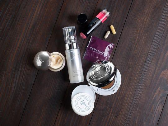 1. Smashbox L.A. Lights Blendable Lip & Cheek Color