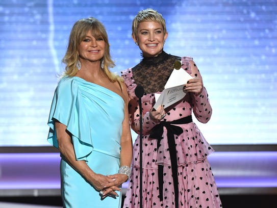 Goldie Hawn and Kate Hudson onstage during the SAG