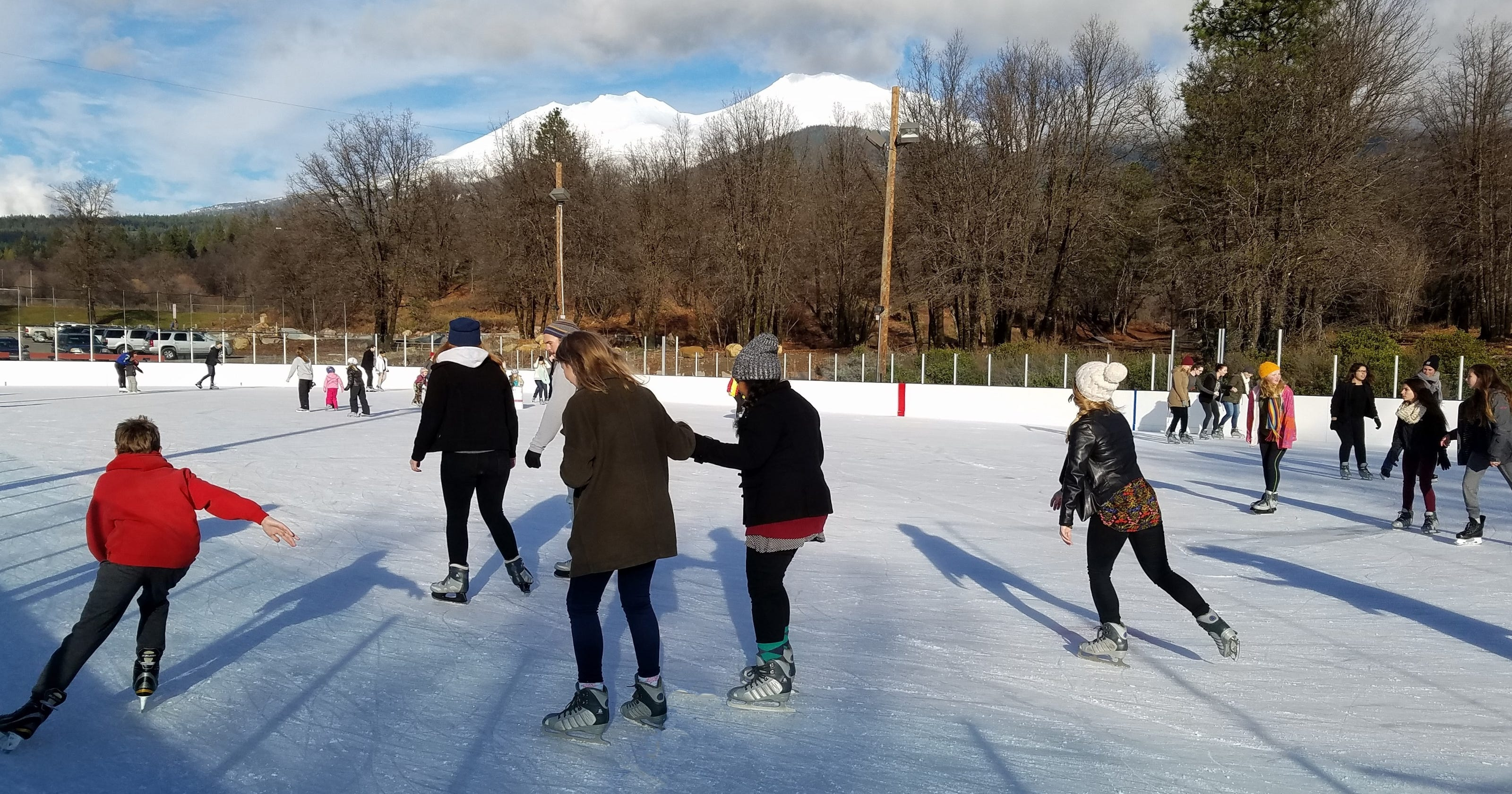 Siskiyou Ice Rink lets you skate near base of Mt. Shasta