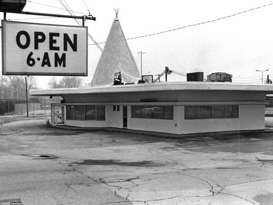 Tee Pee restaurant, an Indianapolis landmark Feb. 19, 1986.