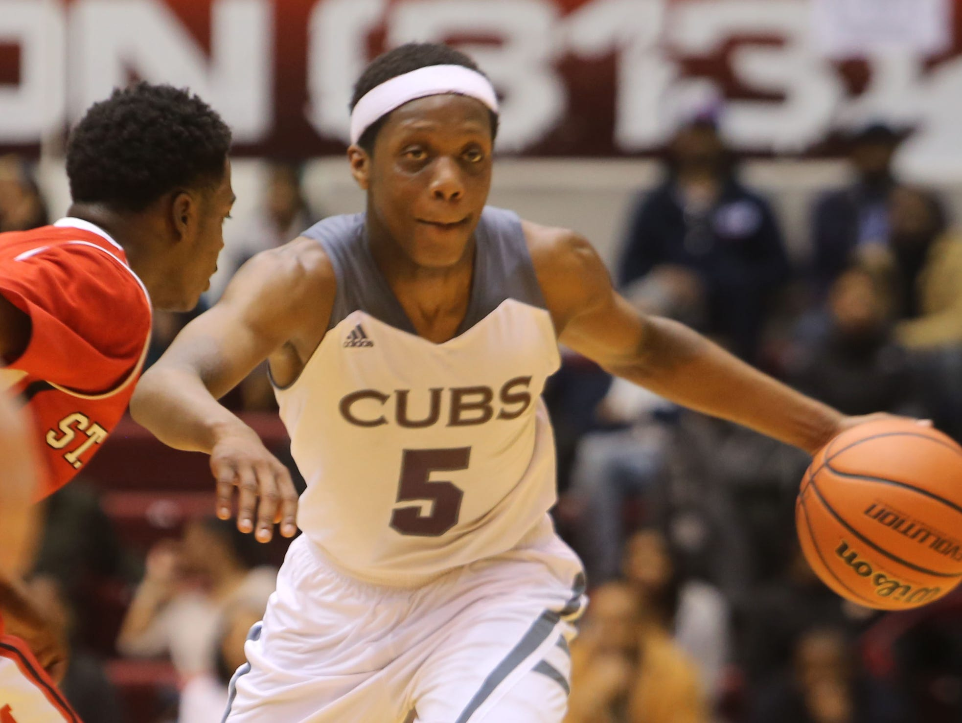 U-D Jesuit's Cassius Winston drives against Orchard Lake St. Mary's on March 1, 2015.
