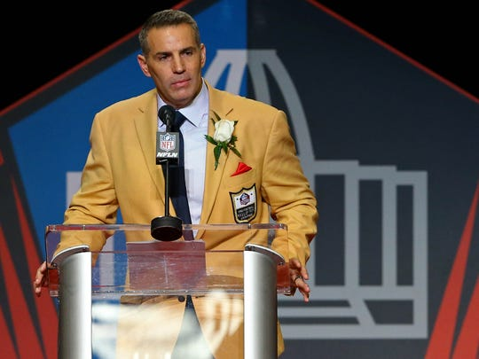 Kurt Warner gives his acceptance speech during the 2017 Pro Football Hall of Fame enshrinement at Tom Benson Hall of Fame Stadium.