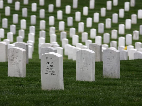 More than 400,000 are buried at Arlington National Cemetery, which the World War II veterans visited Saturday afternoon.