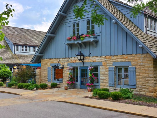 The lodge at Pere Marquette State Park was built by