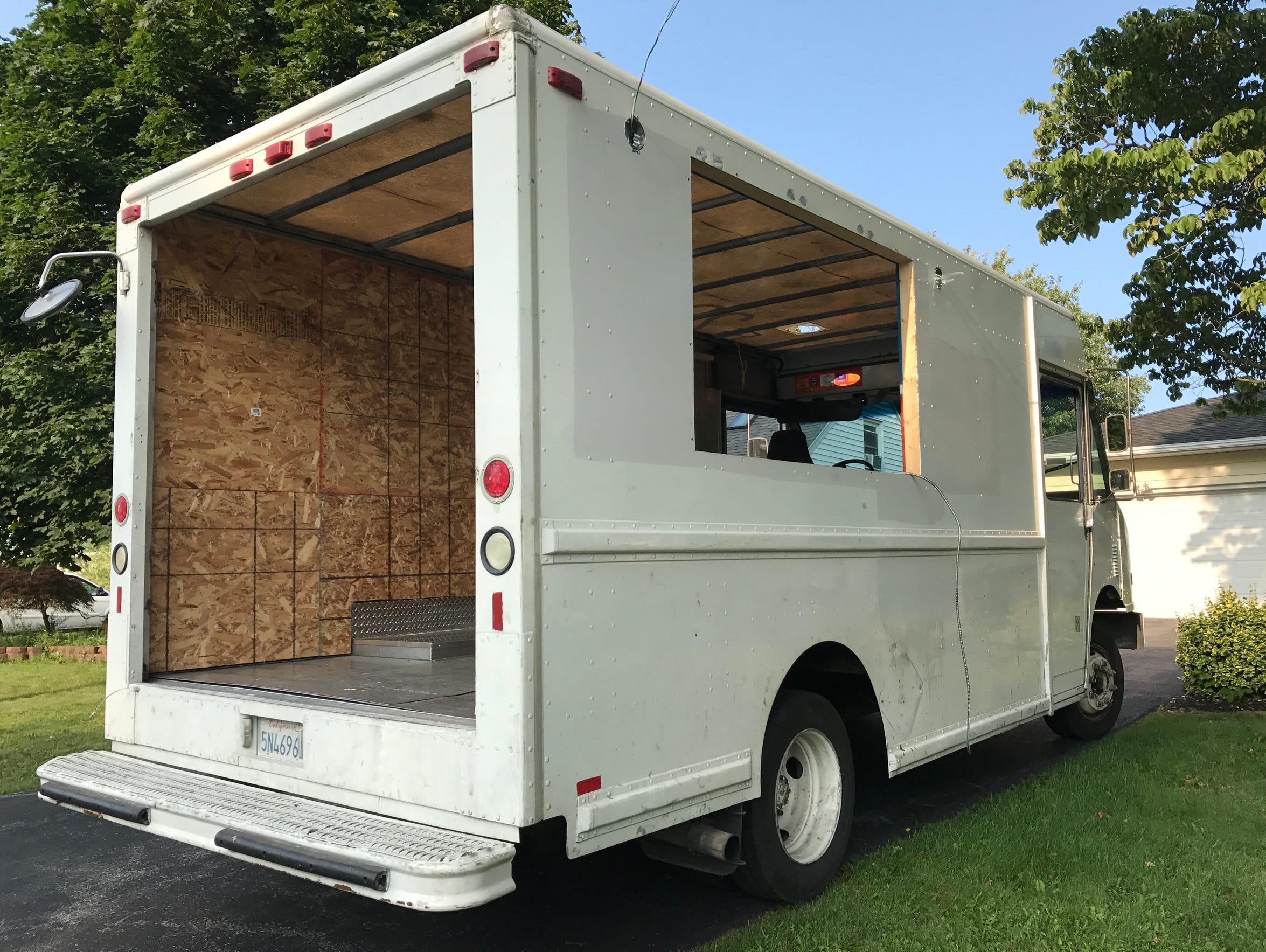 food truck builder m design burns small business owners nationwide. Black Bedroom Furniture Sets. Home Design Ideas
