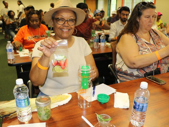 Farm-fest-attendee-Mrs.-Barbara-Gardner-at-the-Culinary-Mixology-workshop