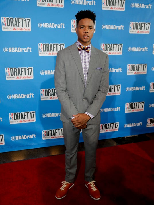 Washington's Markelle Fultz poses for photos on the red carpet before the start of the NBA basketball draft, Thursday, June 22, 2017, in New York. (AP Photo/Frank Franklin II)
