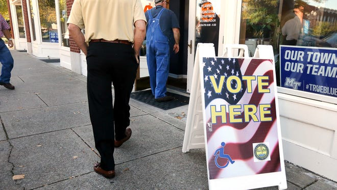 Early voting started in Tennessee, on Wednesday, Oct. 19, 2016.