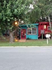 The Crum Box Gastgarden is a quaint spot serving food