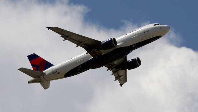 Airlines have improved their on-time arrival record but a government report says the picture is a lot murkier.