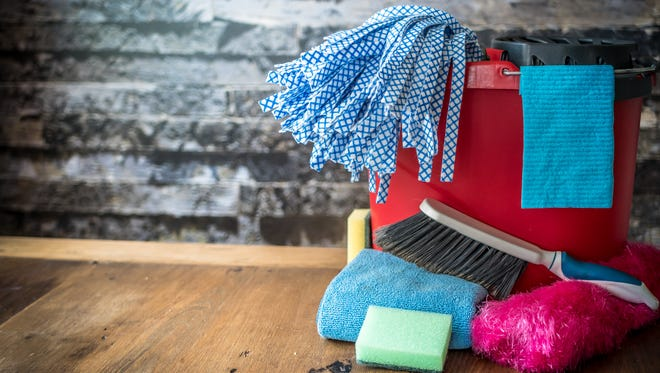 Spring has sprung, which means it's time to give your house a good scouring. Of course, the process of cleaning can seem daunting when you're tackling an entire home.