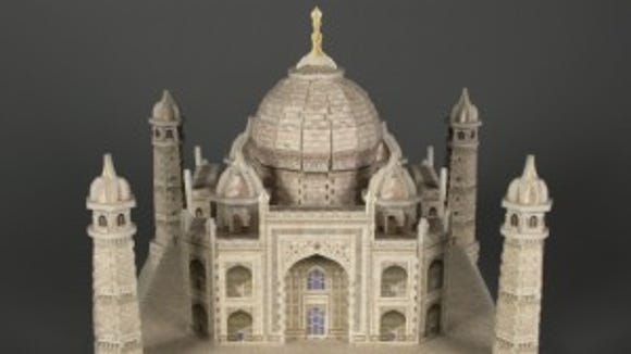 PUZZ-3D Taj Mahal puzzle, about 2000, gift of Chris Battaglia, courtesy of The Strong, Rochester, New York.