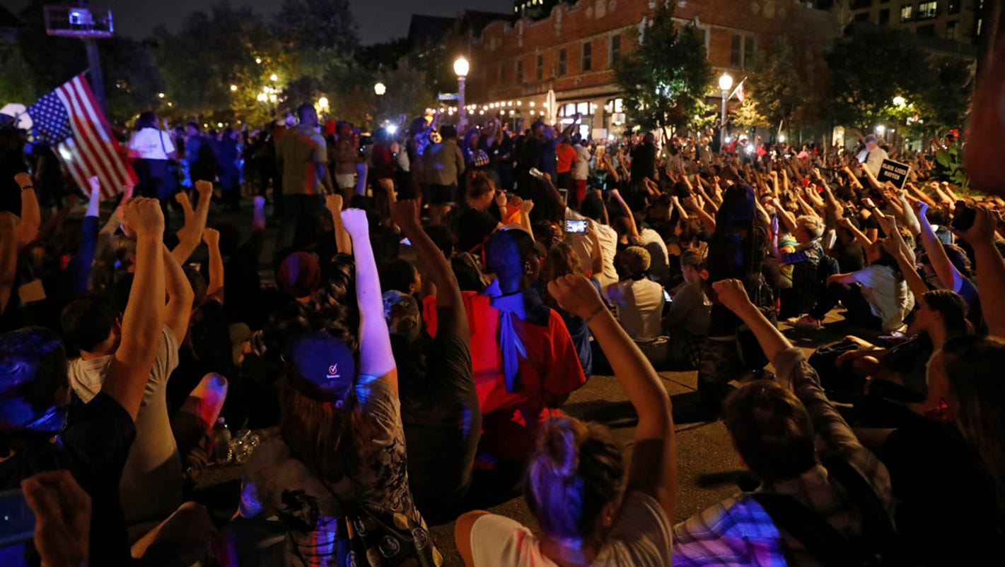 st louis protests erupt as judge acquits jason stockley. Black Bedroom Furniture Sets. Home Design Ideas