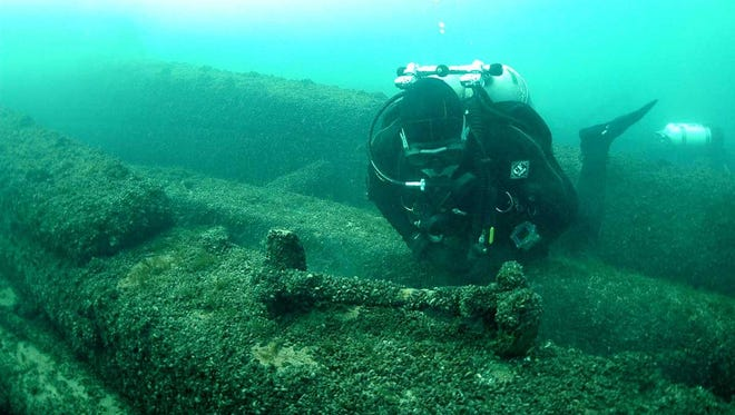 A diver looks over the wreck of the steamship Niagara, which burned and sank with 150 people aboard in Lake Michigan in 1856. Former Door County Maritime Museum executive director Bob Desh will give a program on the shipwreck for the Maritime Speaker Series at the museum Dec. 8.