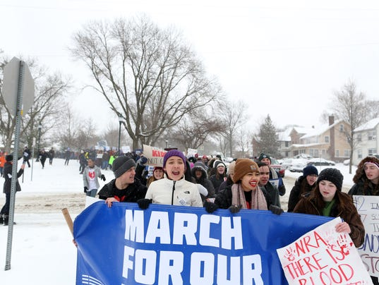 636575004380026321-180324-09-March-For-Our-Lives-ds.jpg