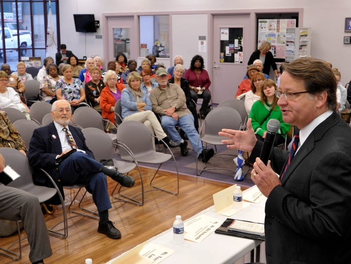 U.S.Congressman Gary Peters campaigns at the Council