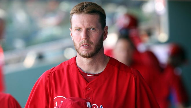Phillies pitcher Roy Halladay appears to have made several turns before a sharp climb before his plane crashed into the Gulf of Mexico.
