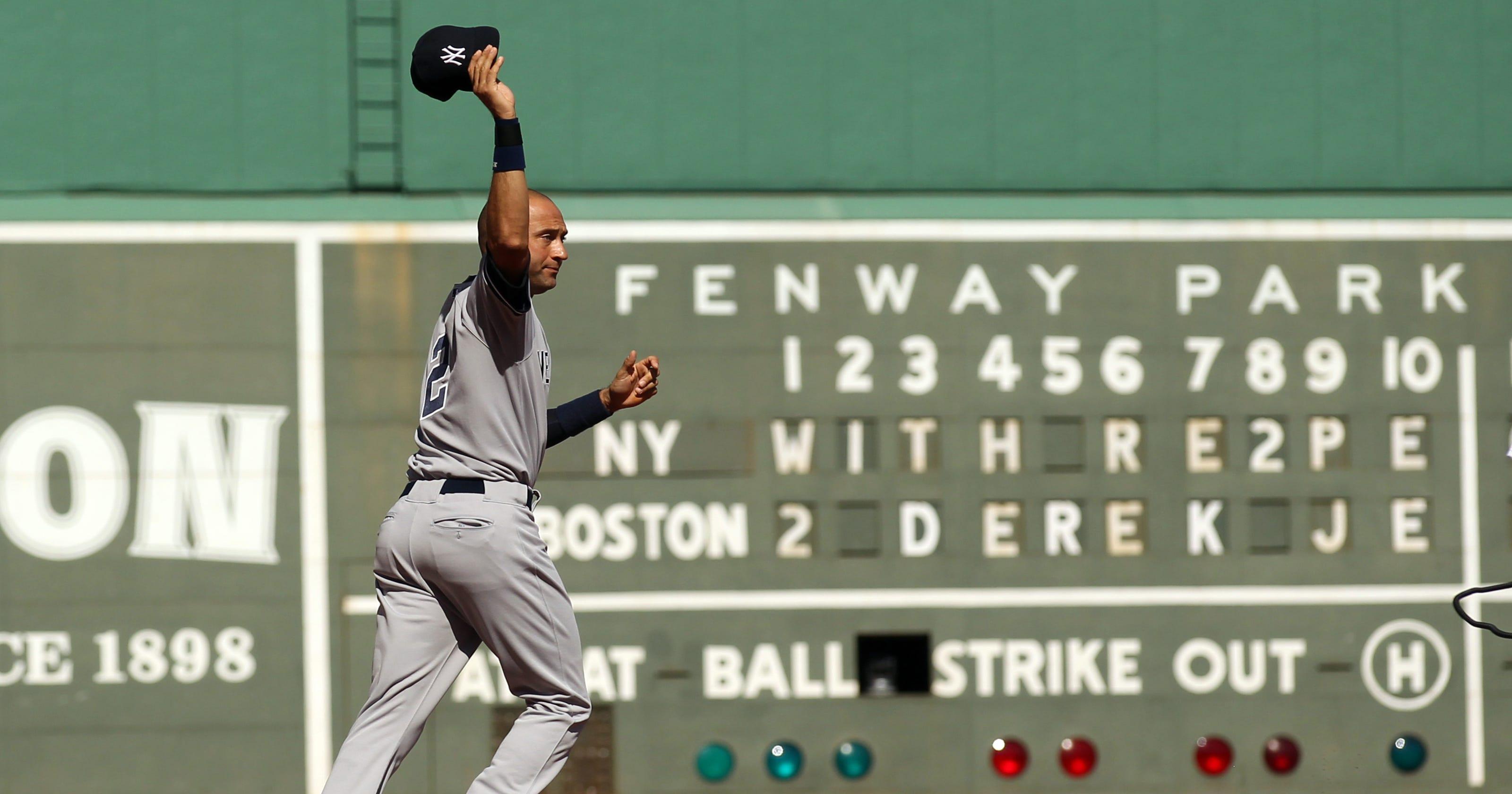 5f5caad73b1 PHOTOS: Derek Jeter's career ends with hit, Yankees win