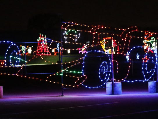 5 cool ways to see christmas lights in indy - Christmas Lights Indianapolis