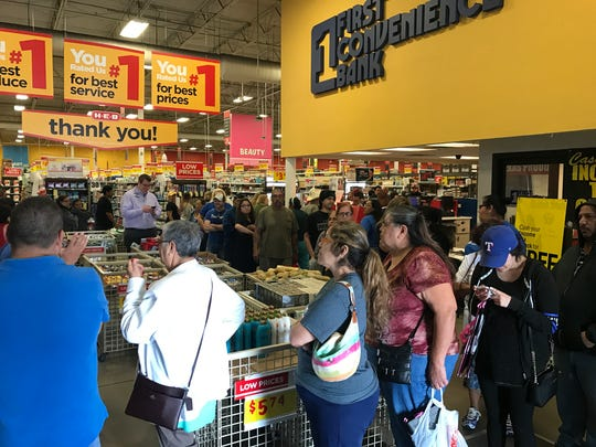 Line of people at H-E-B on Port Avenue in Corpus Christi Friday March 2, 2018 to purchase the limited edition Selena reusable bag.