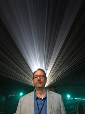 """Ashwaubenon native Joel Hodgson has been having fun making fun of bad movies since he created """"Mystery Science Theater 3000"""" in 1988. He returns to his hometown this weekend with the new tour of """"MST3K"""" Live, playing Sunday at the Weidner Center."""